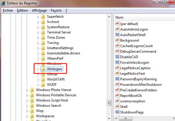 Ouvrez la base de registre, trouvez l'option Winlogon