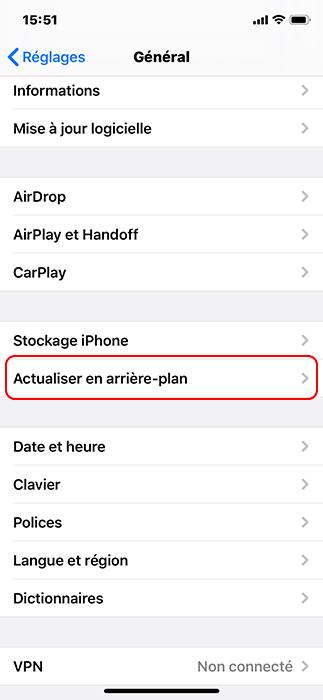 désactiver l'option actualiser en arrière-plan pour iPhone qui chauffe